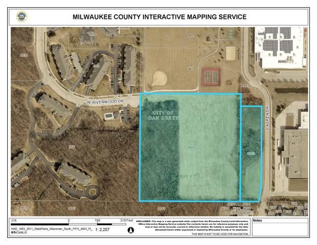 401 W Centennial Dr, Oak Creek, WI 53154 (#1739285) :: RE/MAX Service First
