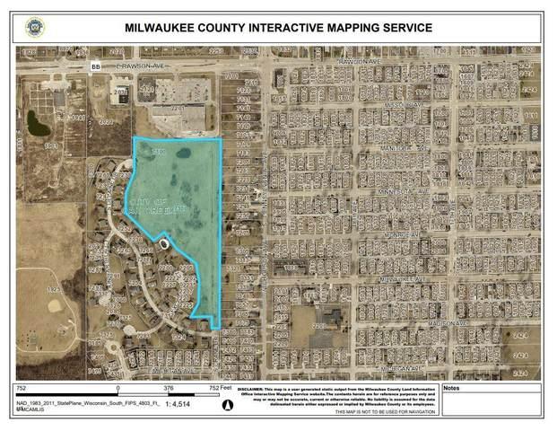 7300 S Delaine Dr, Oak Creek, WI 53154 (#1739343) :: RE/MAX Service First
