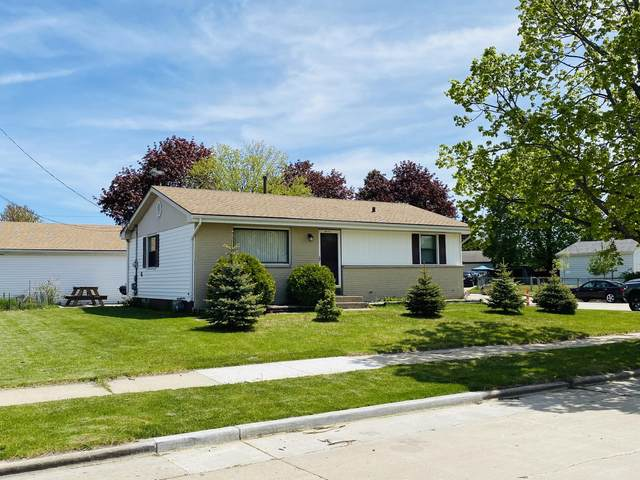 6337 58th Ave, Kenosha, WI 53142 (#1739434) :: OneTrust Real Estate