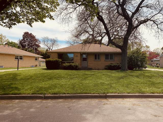 4165 N Colgate Cir, Milwaukee, WI 53222 (#1739448) :: OneTrust Real Estate