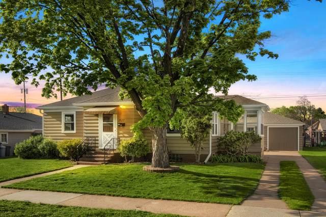 1513 Hyde Ave, La Crosse, WI 54601 (#1739687) :: Keller Williams Realty - Milwaukee Southwest