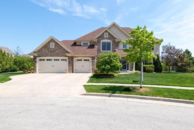 N74W7780 Rolling Meadow Ct, Cedarburg, WI 53012 (#1739756) :: Keller Williams Realty - Milwaukee Southwest