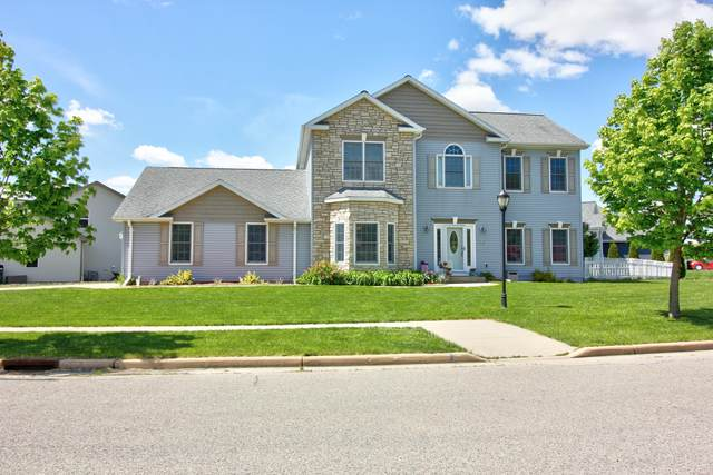 710 Willow Bend Dr, Waterford, WI 53185 (#1739805) :: Keller Williams Realty - Milwaukee Southwest