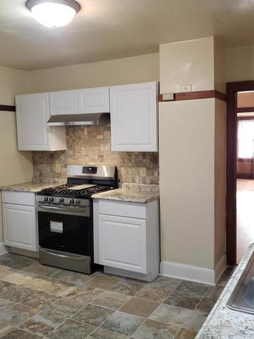 2760 N 49th, Milwaukee, WI 53210 (#1739861) :: EXIT Realty XL