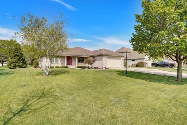 8016 103rd Ave, Pleasant Prairie, WI 53158 (#1739864) :: Keller Williams Realty - Milwaukee Southwest