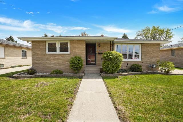2211 26th Ave, Kenosha, WI 53140 (#1739878) :: Keller Williams Realty - Milwaukee Southwest