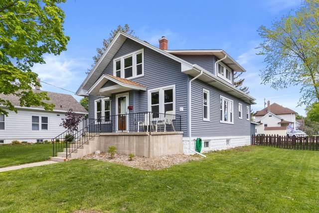 408 Orchard St, Burlington, WI 53105 (#1739932) :: Keller Williams Realty - Milwaukee Southwest
