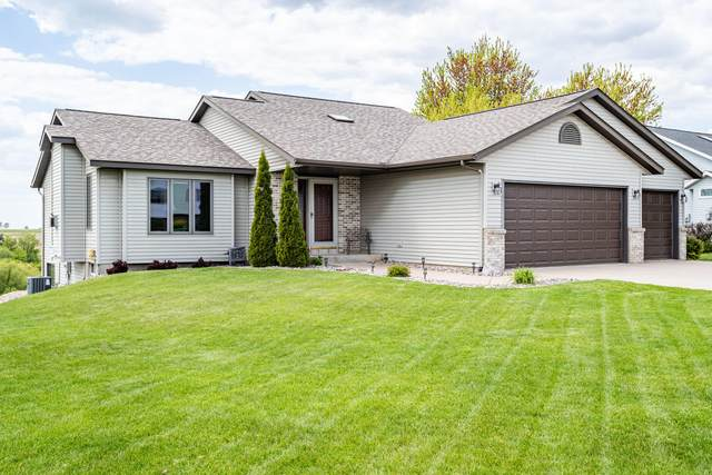N1617 Servais Collern Rd, Greenfield, WI 54601 (#1740498) :: Tom Didier Real Estate Team