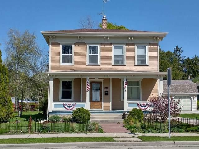 318 Giddings Ave., Sheboygan Falls, WI 53085 (#1740604) :: EXIT Realty XL