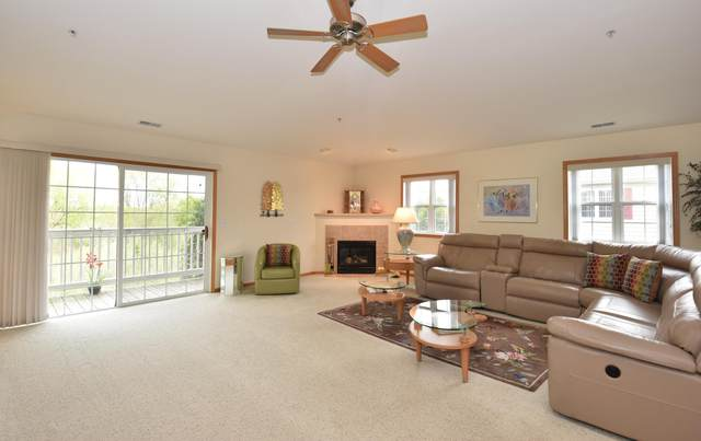 833 Stonefield Dr #203, Mount Pleasant, WI 53406 (#1740799) :: RE/MAX Service First