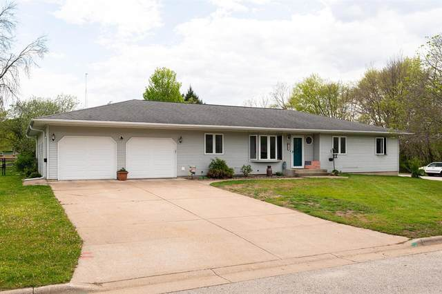 502 Mahlum St, Coon Valley, WI 54623 (#1740820) :: RE/MAX Service First