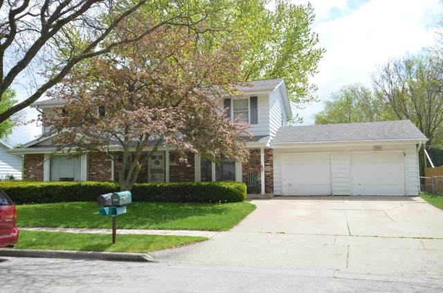 2805 Sussex Ln #2807, Waukesha, WI 53188 (#1740825) :: RE/MAX Service First