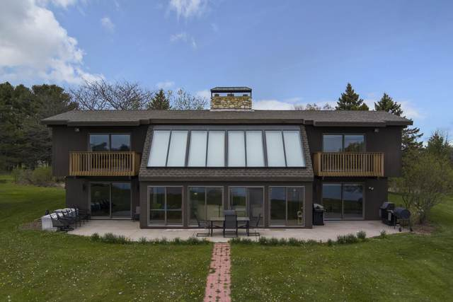 3727 Adams St, Two Rivers, WI 54241 (#1741026) :: EXIT Realty XL