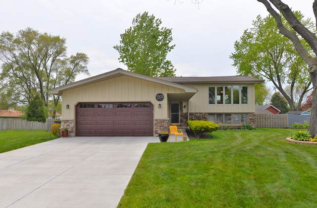 1302 Scott Dr, Mount Pleasant, WI 53406 (#1741289) :: OneTrust Real Estate