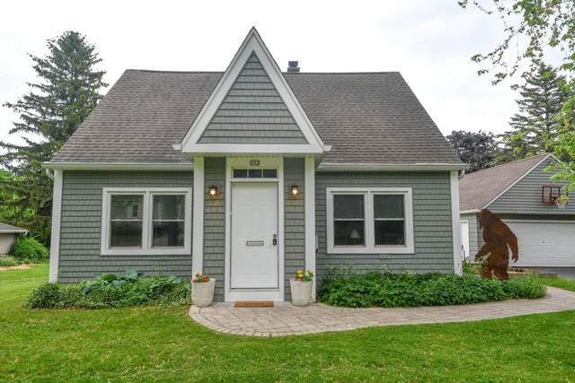 202 S Highland Ave, Thiensville, WI 53092 (#1741325) :: OneTrust Real Estate