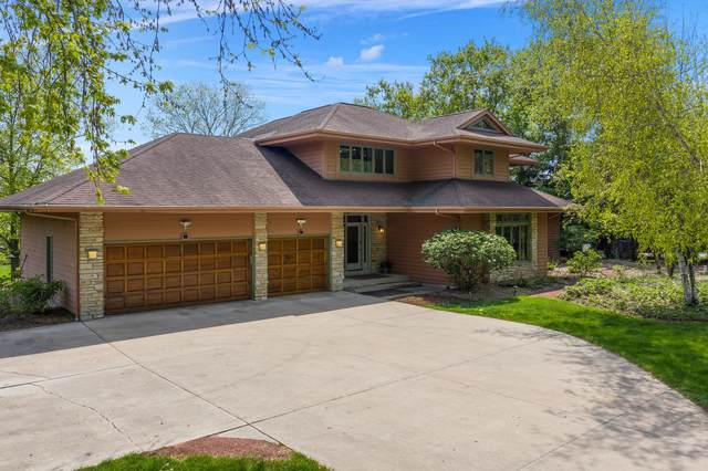 1890 Maple Rd, Grafton, WI 53024 (#1741404) :: RE/MAX Service First