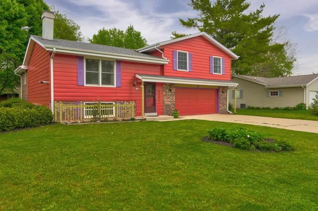 170 Fox Glen Rd, Fredonia, WI 53021 (#1742158) :: Tom Didier Real Estate Team