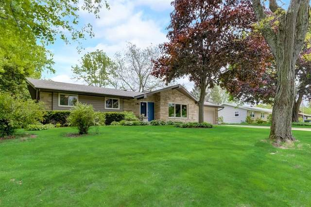 W227S8940 Marianne Ave, Big Bend, WI 53103 (#1742200) :: OneTrust Real Estate