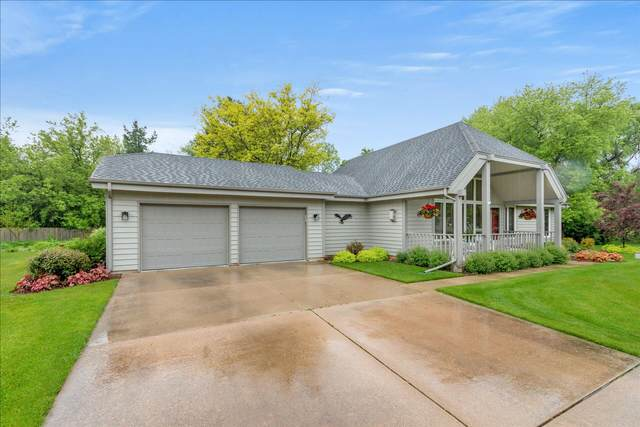 W369S9785 Deercrest Ct, Eagle, WI 53119 (#1742328) :: RE/MAX Service First