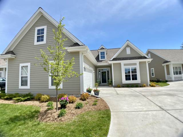 N63W23827 Terrace Dr, Sussex, WI 53089 (#1742699) :: RE/MAX Service First