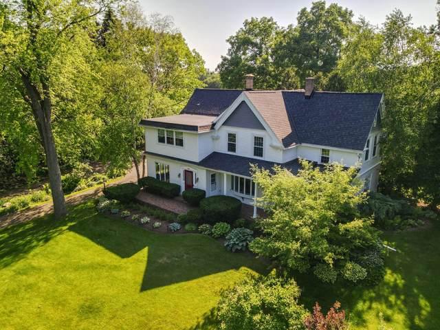 7447 N Green Bay Ave, Glendale, WI 53209 (#1742929) :: OneTrust Real Estate