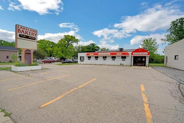 421 N Wisconsin St, Elkhorn, WI 53121 (#1743148) :: Keller Williams Realty - Milwaukee Southwest