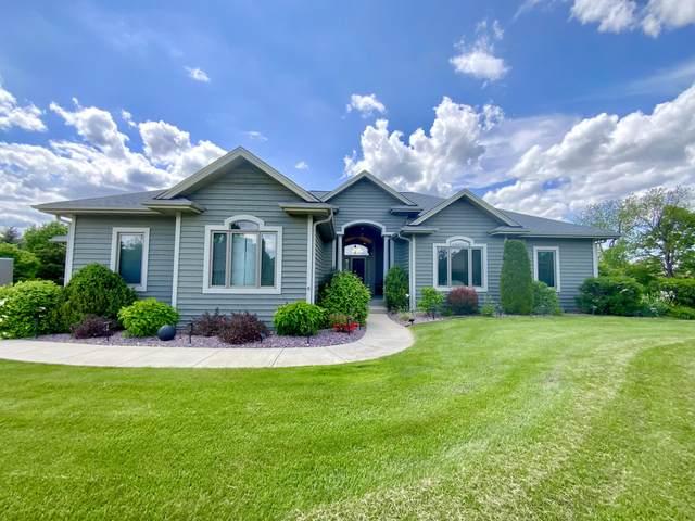 W227S7795 Terrace Dr, Vernon, WI 53103 (#1743204) :: Keller Williams Realty - Milwaukee Southwest