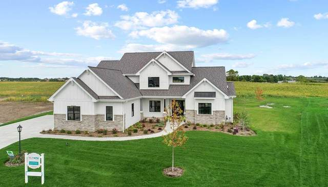 243 Four Winds Ct, Hartland, WI 53029 (#1743298) :: RE/MAX Service First