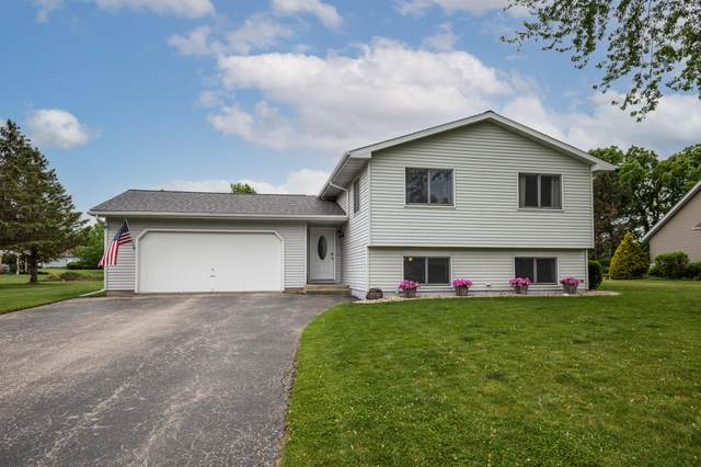 6187 Oakbrook Dr, Lyons, WI 53105 (#1743426) :: RE/MAX Service First