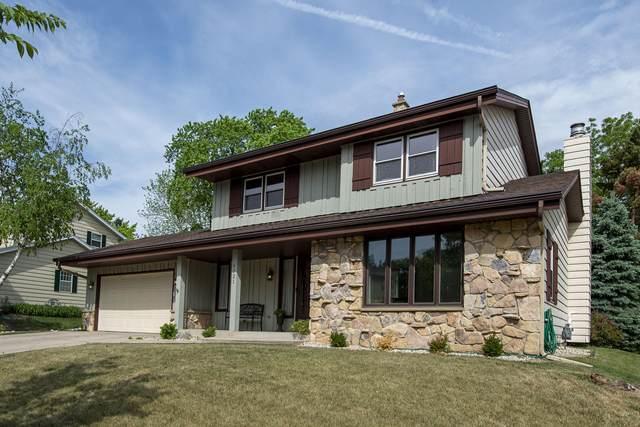 6721 Hill Park Ct, Greendale, WI 53129 (#1743521) :: Keller Williams Realty - Milwaukee Southwest