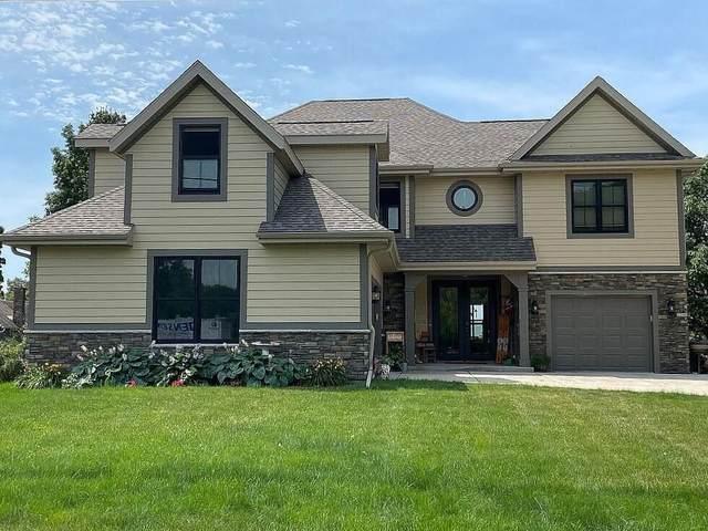 W8096 Park Lane Rd, Lake Mills, WI 53551 (#1743620) :: Tom Didier Real Estate Team