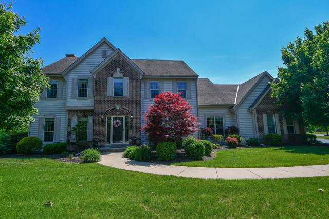 5341 W Bayberry Pkwy, Mequon, WI 53092 (#1744251) :: OneTrust Real Estate