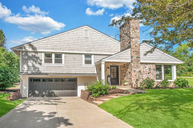 955 Grandview Dr, Elm Grove, WI 53122 (#1744293) :: RE/MAX Service First