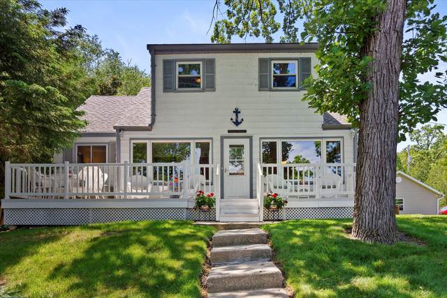 4424 Riverside Rd, Waterford, WI 53185 (#1744297) :: Keller Williams Realty - Milwaukee Southwest