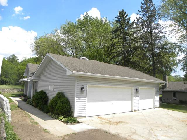 6707 Channel Rd, Waterford, WI 53185 (#1744421) :: Keller Williams Realty - Milwaukee Southwest