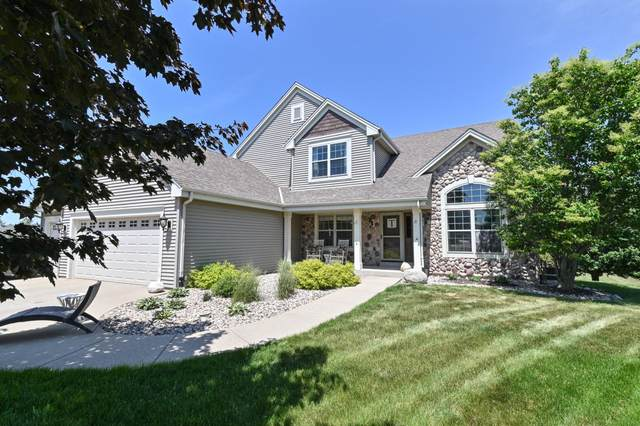 715 Apple Orchard Dr, Waterford, WI 53185 (#1744483) :: Keller Williams Realty - Milwaukee Southwest