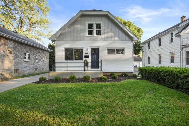 909 W Eula Ct, Glendale, WI 53209 (#1744652) :: OneTrust Real Estate