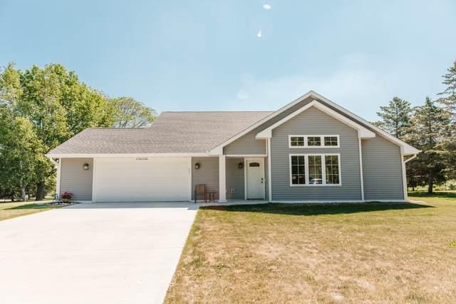 W158N10388 Mohawk Dr, Germantown, WI 53022 (#1744835) :: OneTrust Real Estate