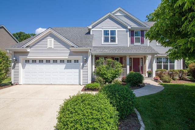 1268 Goldfinch Way, Oconomowoc, WI 53066 (#1744891) :: OneTrust Real Estate