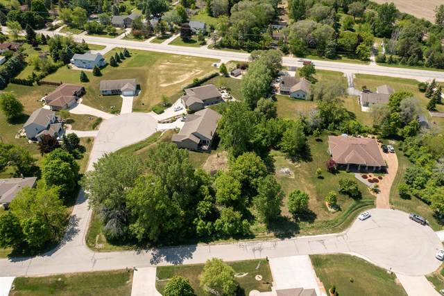 10027 Camelot Dr, Mount Pleasant, WI 53406 (#1744945) :: Re/Max Leading Edge, The Fabiano Group