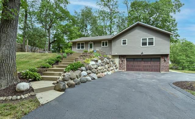 7884 Greendale Ave, Burlington, WI 53105 (#1744969) :: OneTrust Real Estate