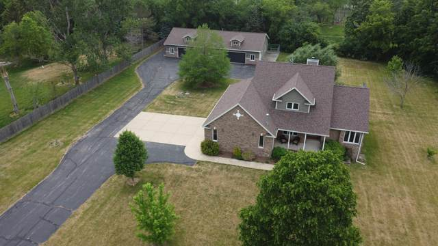 5208 S Beaumont Ave, Dover, WI 53139 (#1745019) :: OneTrust Real Estate