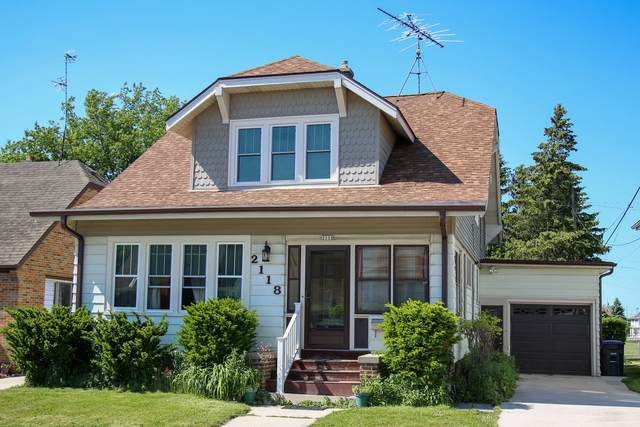 2118 Cooper Ave, Sheboygan, WI 53083 (#1745021) :: RE/MAX Service First