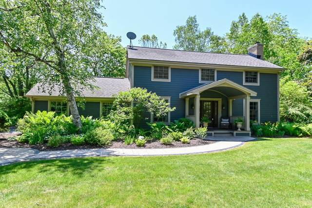 9955 N Corey Ln, Mequon, WI 53092 (#1745061) :: OneTrust Real Estate
