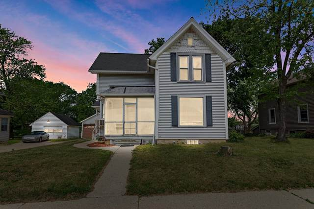 209 Conkey St, Burlington, WI 53105 (#1745107) :: OneTrust Real Estate