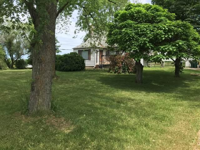 9078 S 27th St, Oak Creek, WI 53154 (#1745141) :: Keller Williams Realty - Milwaukee Southwest