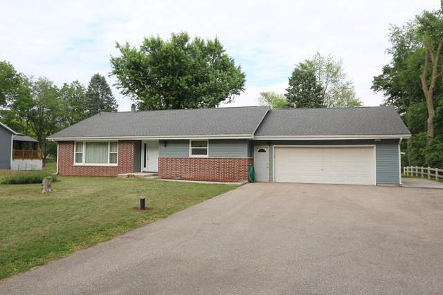 5513 S Driftwood Dr, Rock, WI 53546 (#1745148) :: Keller Williams Realty - Milwaukee Southwest