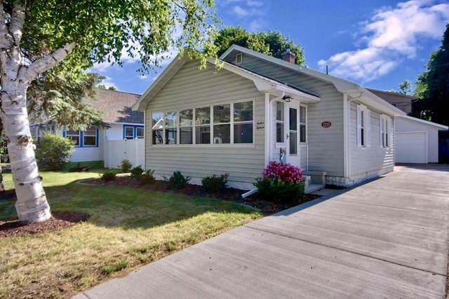 1215 East Ave S, La Crosse, WI 54601 (#1745179) :: OneTrust Real Estate
