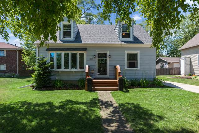1409 N Wisconsin St, Port Washington, WI 53074 (#1745196) :: Tom Didier Real Estate Team