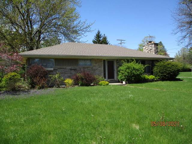 8871 N Mohawk Rd, Bayside, WI 53217 (#1745353) :: OneTrust Real Estate